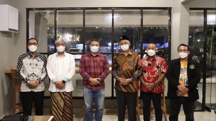 Kunjungi Riau, Rektor Unissula Semarang Bahas Potensi Pendidikan dan Kesehatan