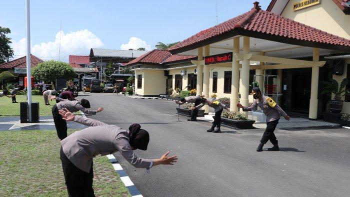 Kapolres Kebumen AKBP Rudy Cahya Ajak Anggotanya Sadar Pentingnya Olahraga di Tengah Pandemi