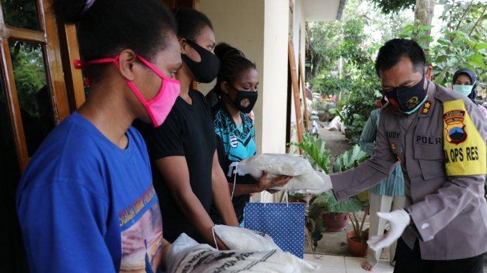 Jauh dari Rumah, Kapolres Kebumen Semangati dan Bantu Pelajar Asal Papua