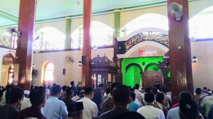 AKBP Ali Wardana Kenalanan di Masjid Agung Kendal, Ajak Masyarakat Kawal Investor yang Bakal Masuk
