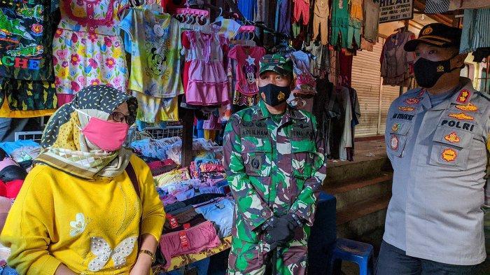 Forkompinda Pati Sidak ke Pasar Tradisional, Pastikan Warga Taat PKM