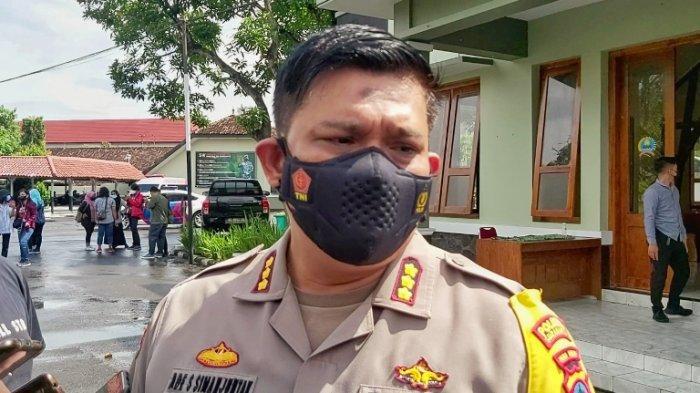 Tim Gabungan Bubarkan Pedagang Pasar Klithikan Nekat Berjualan, Kapolresta Solo: Kami Harus Tegas