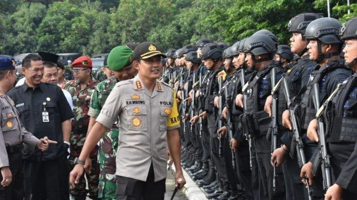 Kembali Viral Video Polisi Bagi-bagi Sembako diPasar Gede Solo, Ini Klarifikasi Kapolres