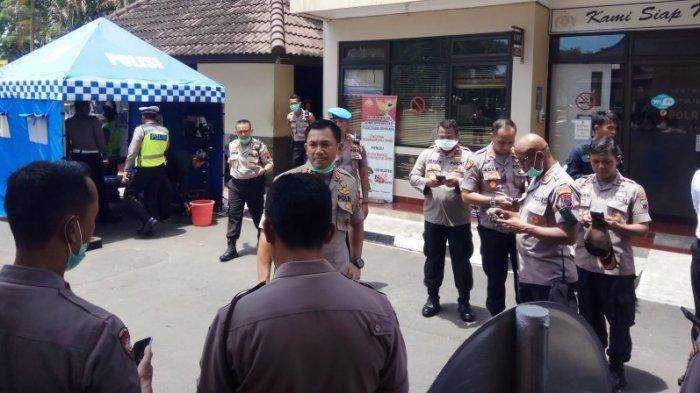Polisi Kaji Permohonan Penangguhan Penahanan Pendemo