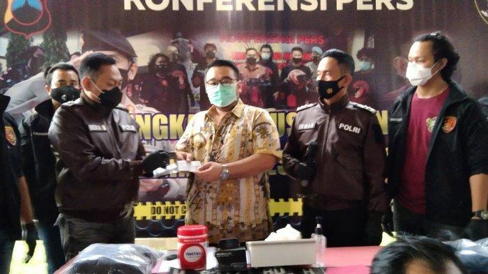 Elan Semarang Lupa Taruh Kunci Mobil di Ruang Tamu, Lexus & CRV Dicuri, Polisi Gercep Tangkap Pelaku