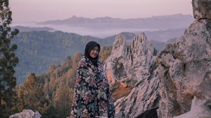 Karang Gemantung Banjarnegara Jadi Spot Foto Andalan, Bikin Background Alam Mirip Eropa