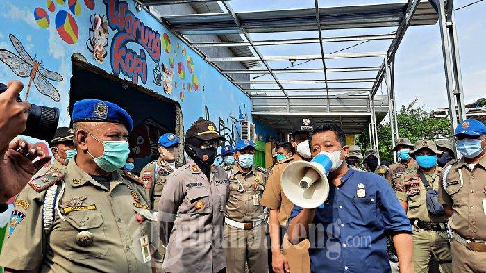 Alasan Satpol PP Hanya Bongkar Pintu Karaoke Sekitar Masjid Agung Jawa Tengah