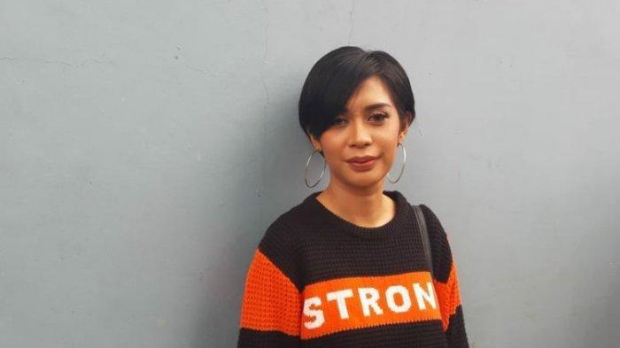 2 Tahun Kasus Kematian Putrinya Belum Terungkap, Karen Pooroe Akan Datangi Penyidik: Saya Geram
