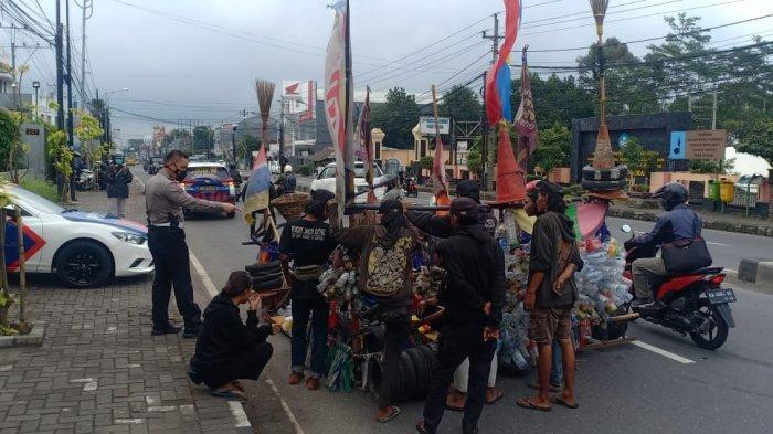 Empat Vespa Ekstrim yang Melintas di Semarang Diamankan Polisi
