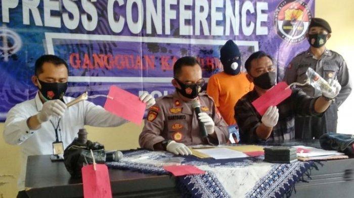 Kasus Dukun Sleman Pengganda Uang Bermodal Bunga dan Rantai Babi