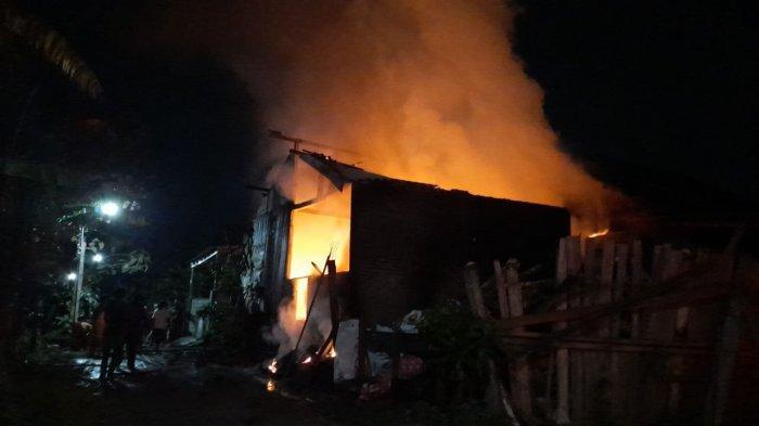 2 Unit Rumah Warga Kota Semarang Terbakar dalam Semalam, Tinjomoyo dan Pedurungan