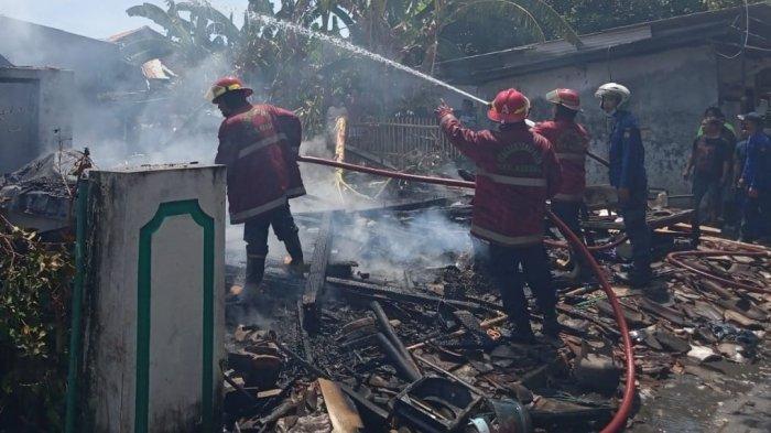 Selang Gas Elpiji Bocor Bikin Ledakan di Dapur Sriyatun Kendal, 2 Rumah Rata dengan Tanah