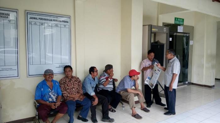 80 Warga Kebonharjo Hadiri Sidang Perdana Gugatan PT KAI