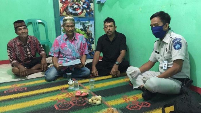 Jasa Raharja Serahkan Santunan Korban Kecelakaan Mobil Ambulans di Brebes