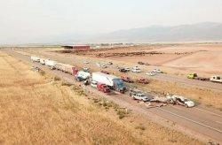 Kecelakaan Beruntun 20 Kendaraan Akibat Badai Pasir, 8 Orang Meninggal
