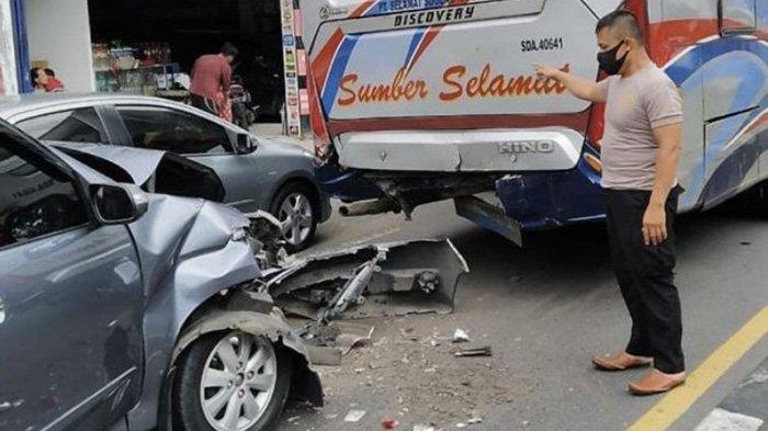 Kecelakaan Bus Sumber Selamat Rem Ndadak, Xenia dan Pikap Kelabakan Tabrak Belakang