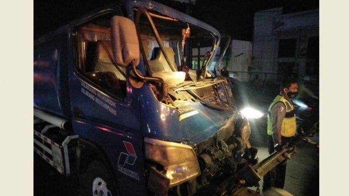 Kronologi Kecelakaan Karambol 3 Truk di Srondol Semarang, Anwar Terjepit Jok dan Setir