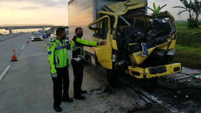 Kecelakaan Maut di Tol Ngawi Solo, Aris Meninggal Tabrak Belakang Truk Tronton