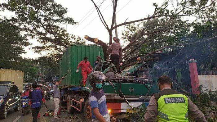 Cerita Mistis 8 Pocong Menyeberang dari TPU Silayur Semarang: Ada Juga Penampakan Korban Kecelakaan