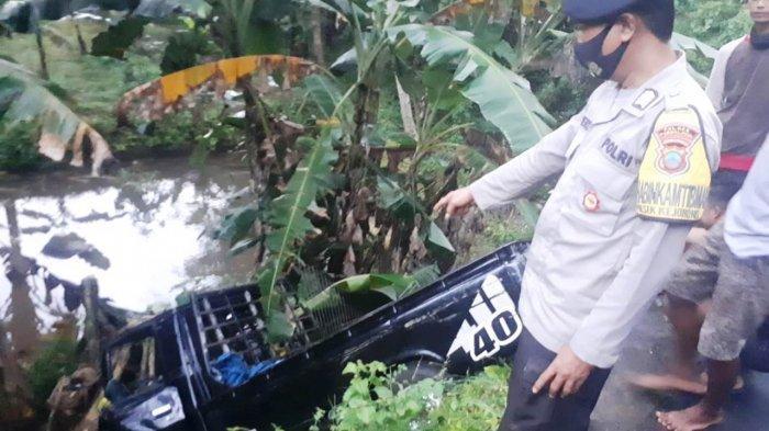 Mobil Bak Terbuka Masuk Kolam di Kejobong Purbalingga, Ini Penuturan Pak Sopir