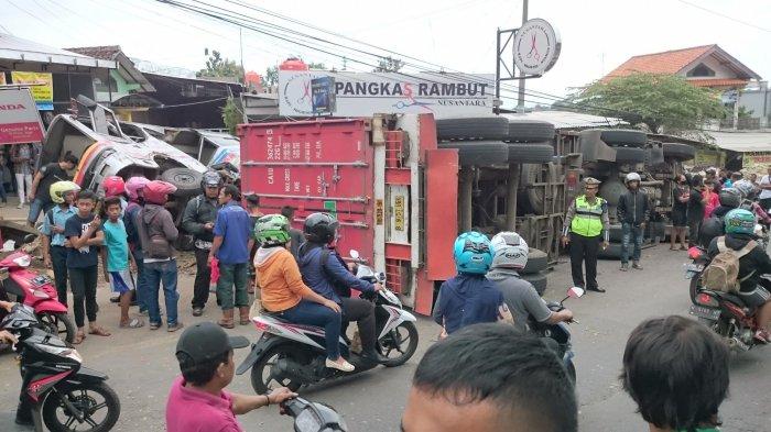 Ini Kronologi Tabrakan Karambol dan Daftar 6 Kendaraan yang Terlibat di Silayur Ngaliyan Semarang