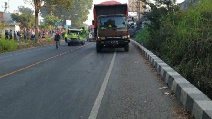 Kecelakaan di Boyolali, Truk Vs Bus Gia Bikin Kemacetan Panjang di Jalan Raya Solo-Semarang