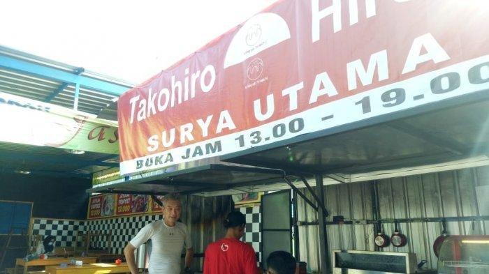 Ingat Hada Hiroshi Pria Jepang Jual Takoyaki di Solo? Kini Buka Warung Baru: Pakai Google Translate