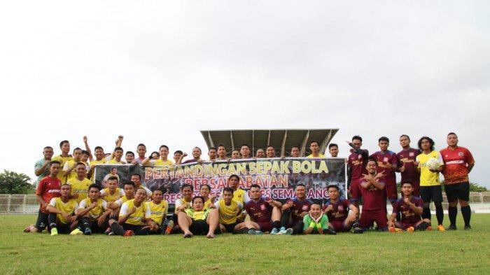 Jalin Silaturahmi, Polres Brebes Gelar Pertandingan Sepakbola Lawan Polres Semarang