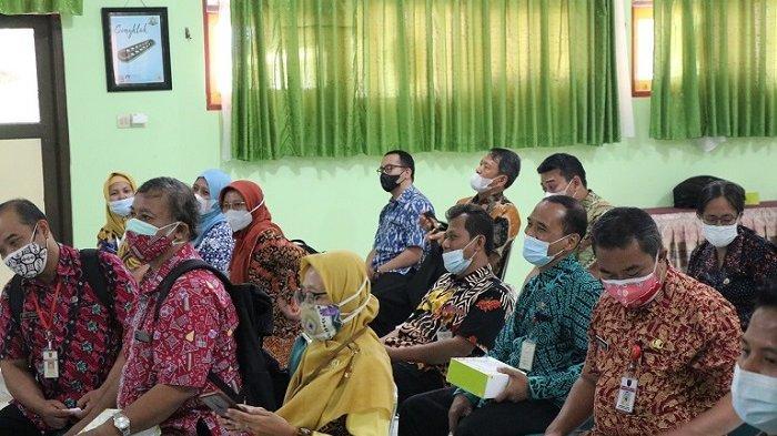 Kegiatan perdana pertemuan fasilitator daerah taat prokes
