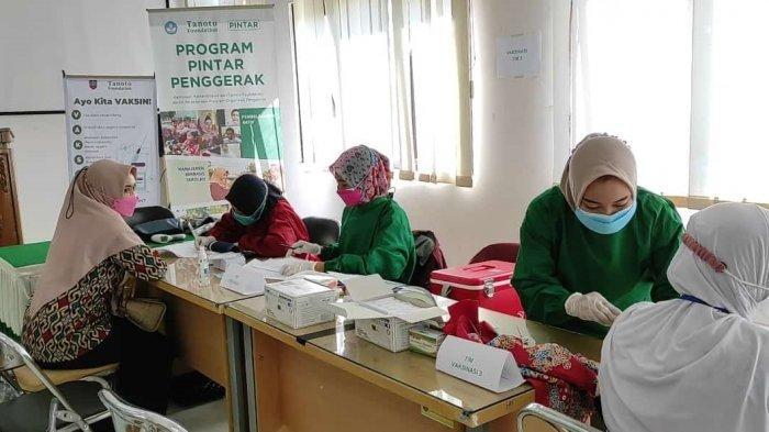 Kegiatan vaksinasi PTK di Kabupaten Tegal.