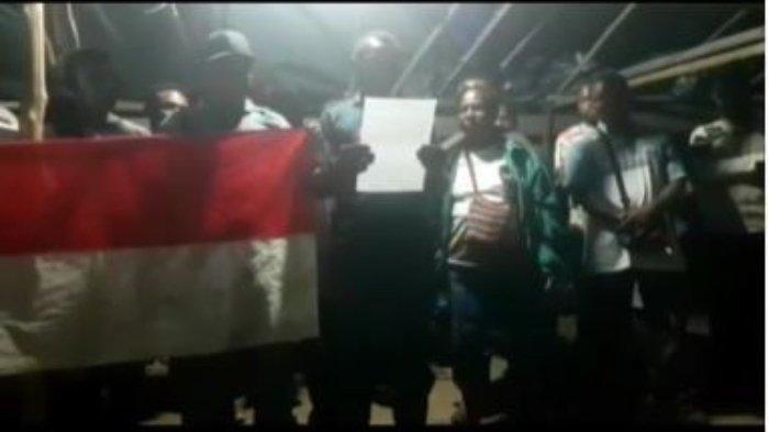 Satu Grup KKB Papua NRFPB Serahkan Diri & Ikrar Setia pada NKRI
