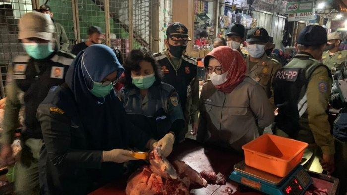 Jelang Lebaran, Petugas Gabungan di Salatiga Sita 47, 5 Kilo Daging Glonggongan Dalam Operasi Asuh