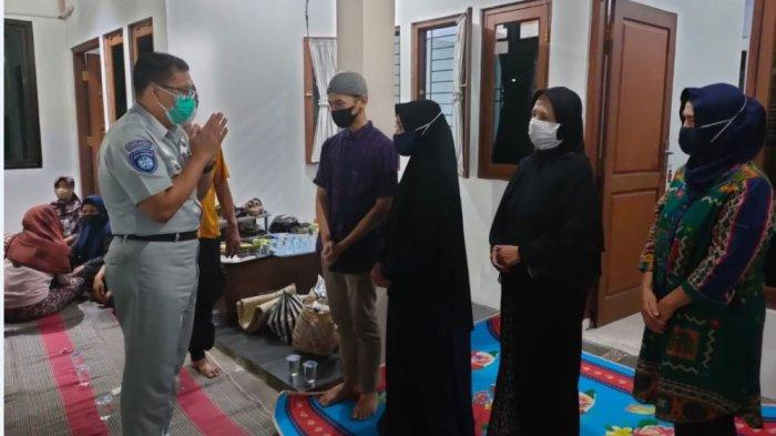 Jasa Raharja Beri Santunan ke Ahli Waris Korban Kecelakaan Sigarbencah Senilai Rp 50 juta
