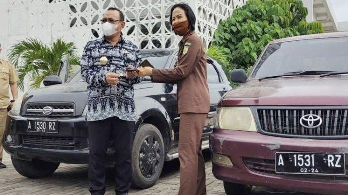 BW Pejabat Dinas Lingkungan Hidup Bikin Perkara, Gadaikan 2 Mobil Dinas dan Bolos Kerja 6 Bulan