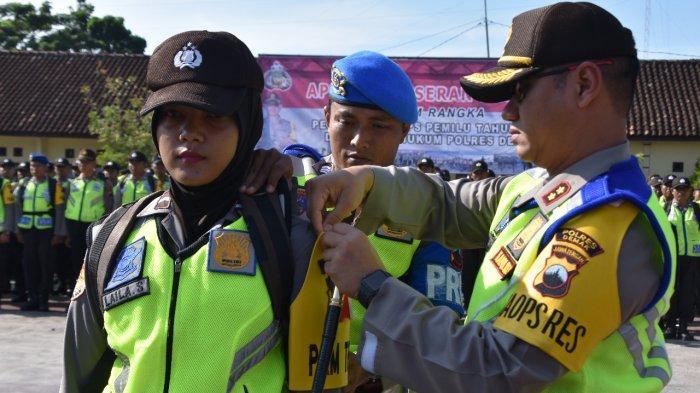 Kapolres Demak AKBP Arief Bahtiar Pimpin Apel Pergeseran Pasukan Pengamanan