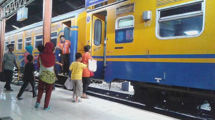 Inilah Jadwal dan Harga Kereta Api Semarang - Jakarta