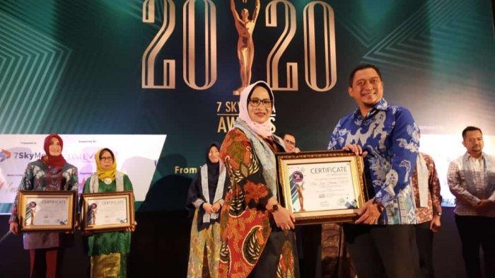 Hindun Raih Penghargaan Srikandi Perubahan Indonesia Tahun 2020