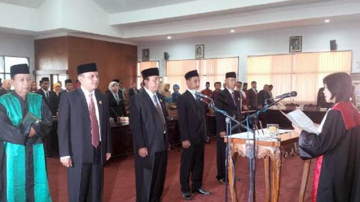 Prapto Utono Resmi Jabat Ketua DPRD Kendal