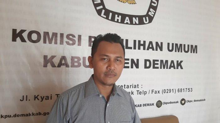 Baliho Bakal Calon Bupati Bertebaran di Pinggir Jalan, Ketua KPU Demak: Itu Kewenangan Pemkab