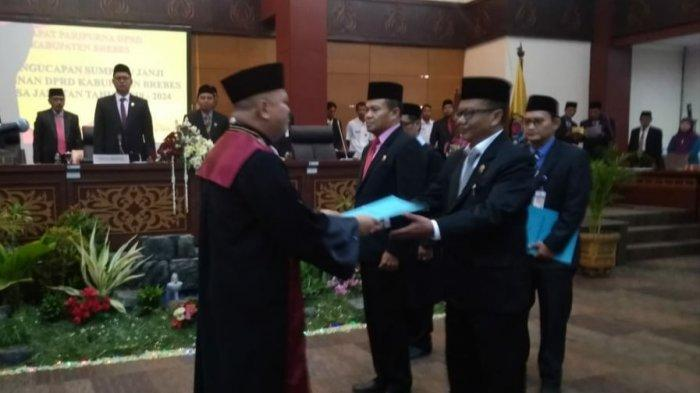 Dua Pimpinan DPRD Brebes Resmi Dilantik, Dua Wakil Ketua Masih Tunggu SK Gubernur