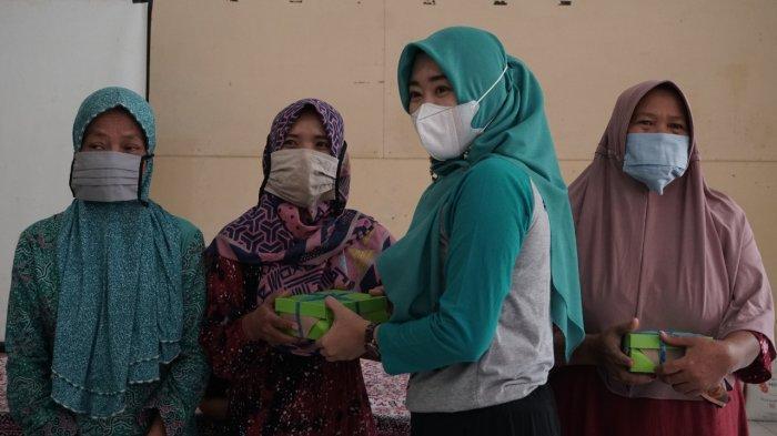 Jumat Berkah, TP PKK Pekalongan Bagikan 1.800 Nasi Bungkus