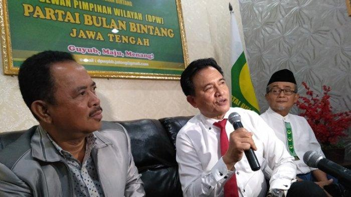 Yusril Restui Harry Dharman Maju Pilwakot Semarang 2020 Lawan Hendrar Prihadi
