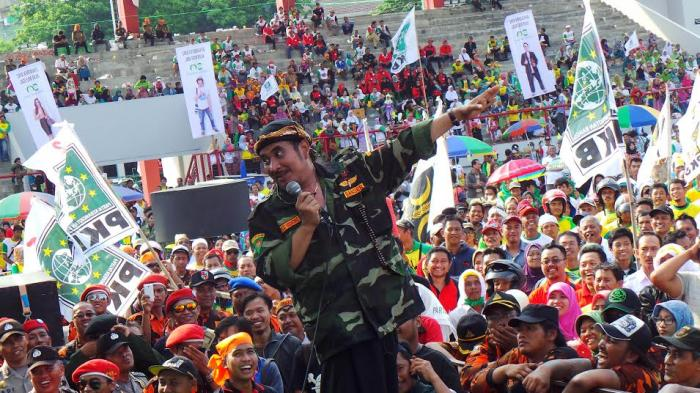 Ki Enthus Semangati Pendukung Marmo-Zuber, Dijamin Tidak Korupsi