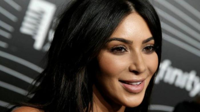 Siap Move On, Kim Kardashian Resmi Gugat Cerai Kanye West