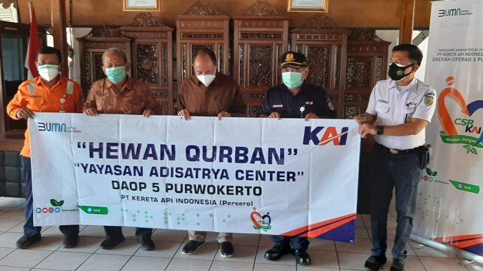 PT KAI Daop 5 Purwokerto Salurkan Rp 200 juta Untuk Bantuan Hewan Kurban di Banyumas