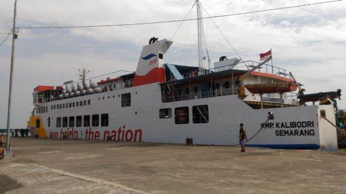 KMP Kalibodri Berlayar Lagi, 14 Penumpang Berangkat ke Kumai, Wajib Bawa Hasil PCR dan Bukti Vaksin