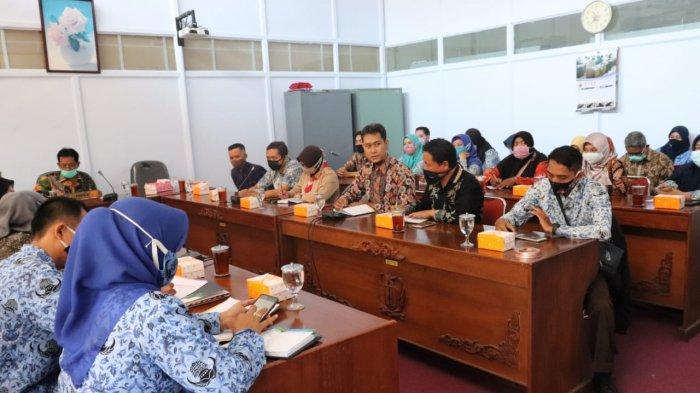 Ketua Komisi IV DPRD Kabupaten Pekalongan: Kenaikan Penerimaan Tunjangan Bosda Tergantung Masa Kerja