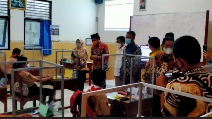 Cek Persiapan PTM di Salatiga, Komisi X Minta Pemerintah Alokasikan Kuota Vaksin Bagi Guru Dipenuhi