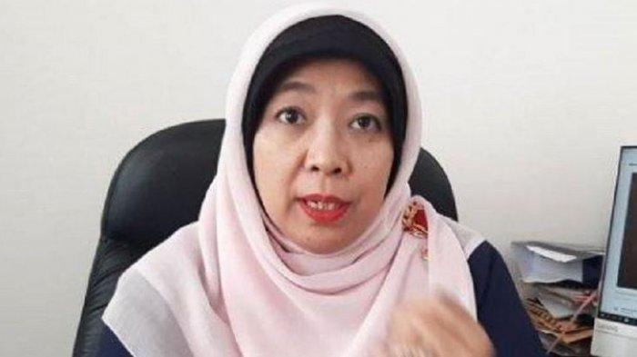Jokowi Resmi Pecat Sitti Hikmawatty dari Jabatan Komisioner KPAI Gara-garaKolam Renang