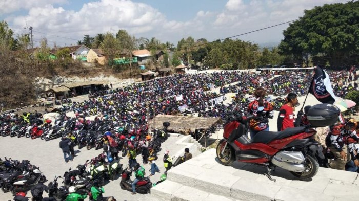 Ribuan Bikers MAXI Yamaha Peringati Kemerdekaan di Taman Tebing Breksi DIY